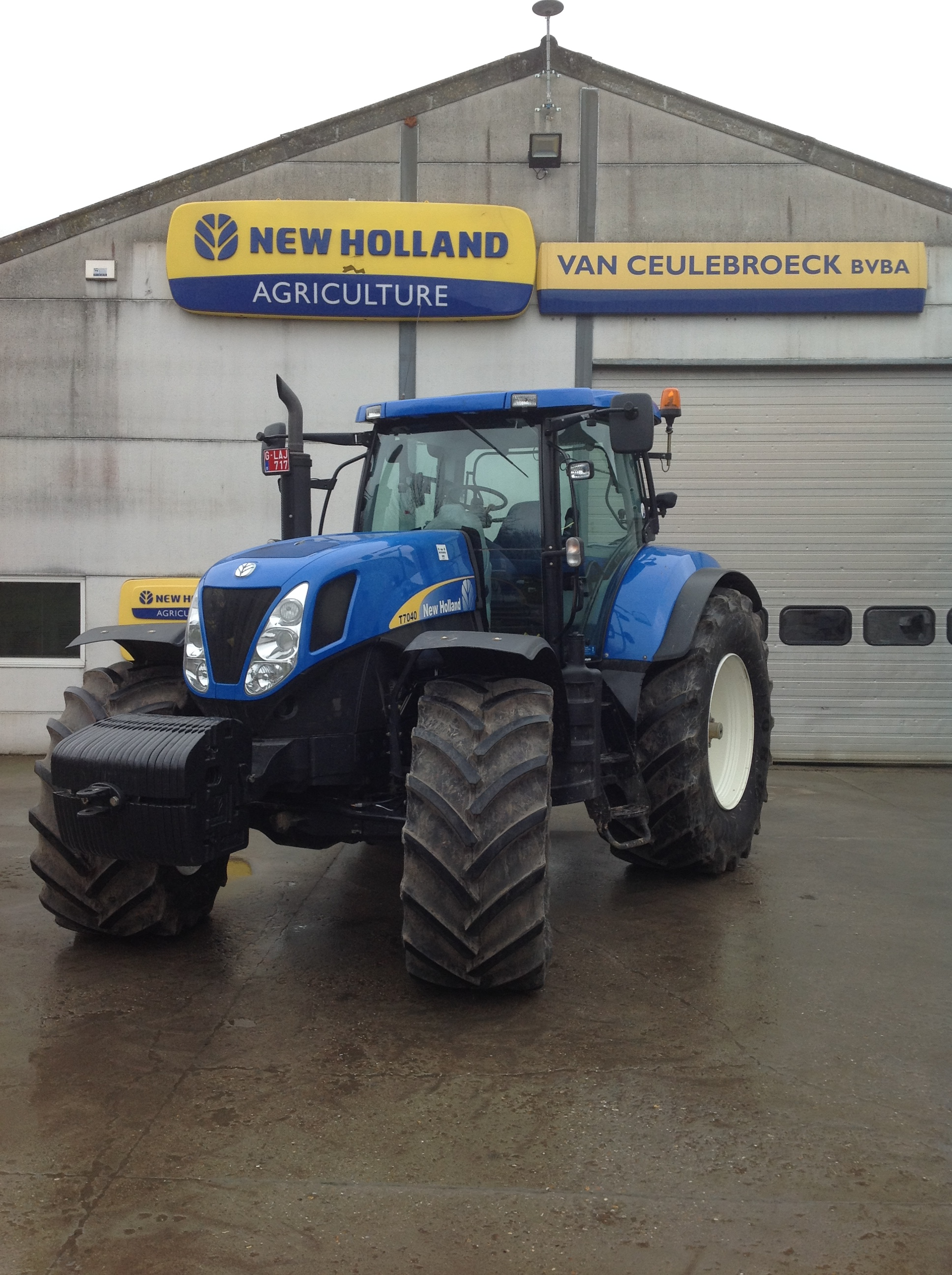 New Holland T7040 uitgerust met Trimble Full Autopilot uitgerust !!