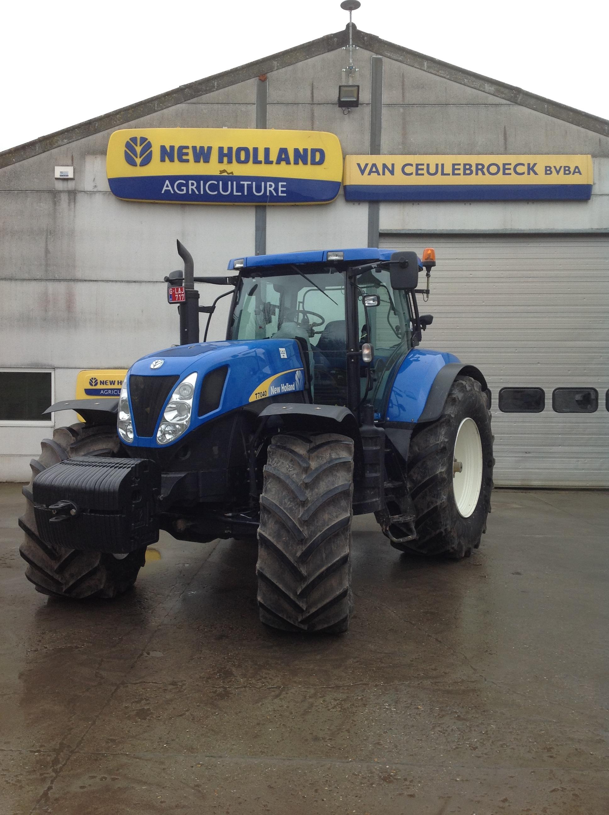 New Holland T7040 uitgerust met Trimble Full Autopilot uitgerust !!