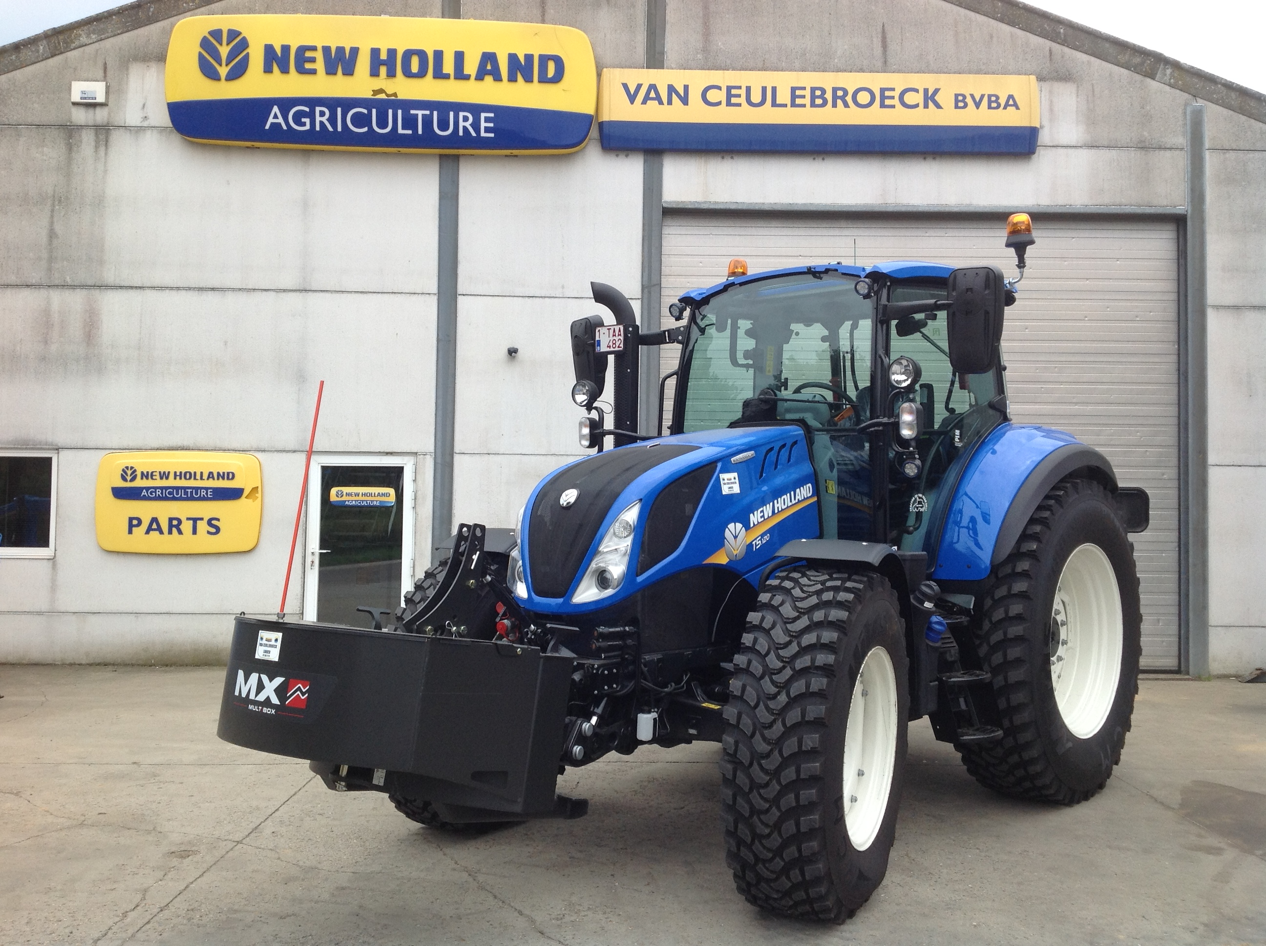 New Holland T5.120 Electro Command afgeleverd !!