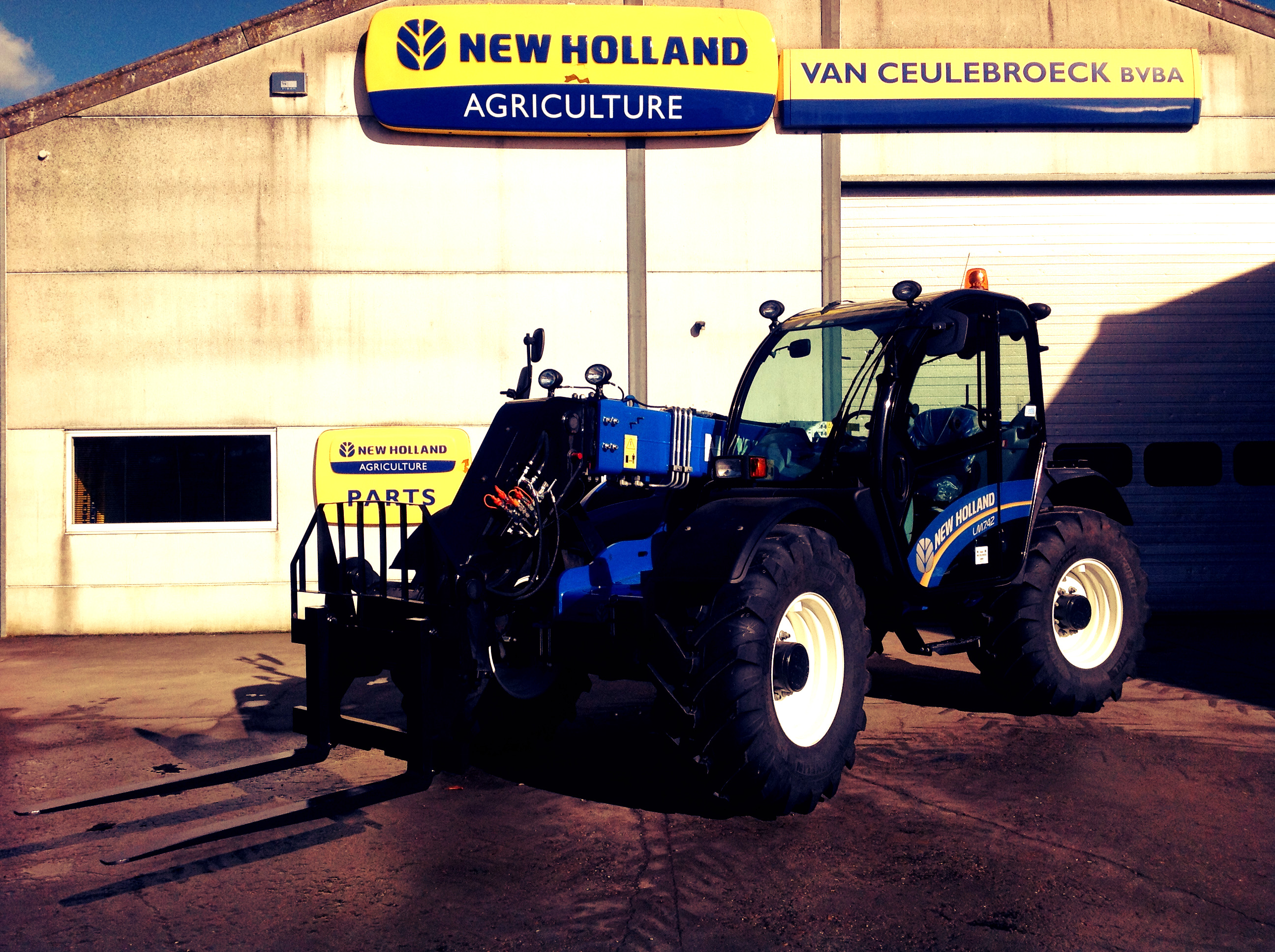 New Holland LM 7.42 Elite afgeleverd !!