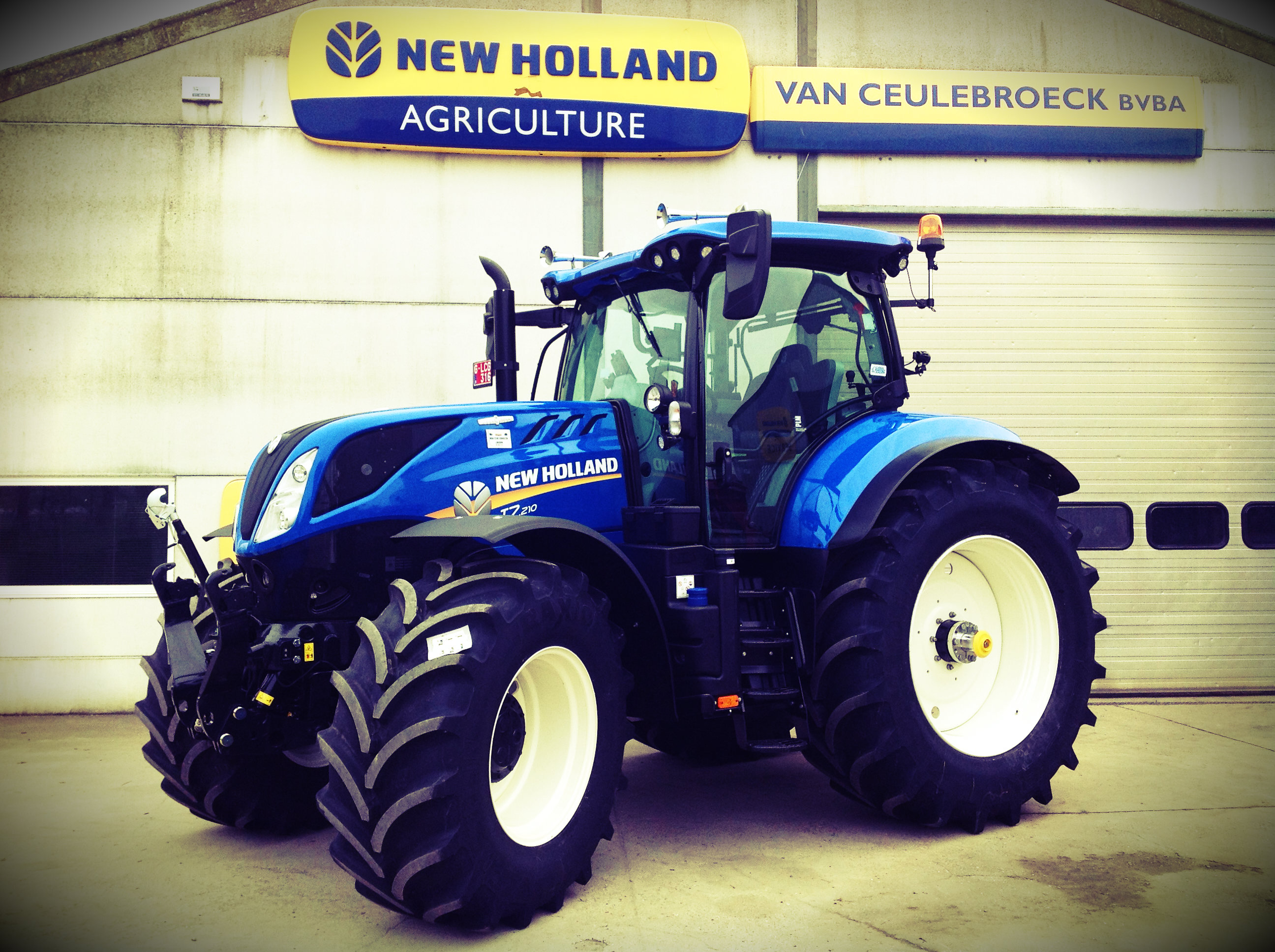 New Holland T7.210 Auto Command Intellisteer afgeleverd !!